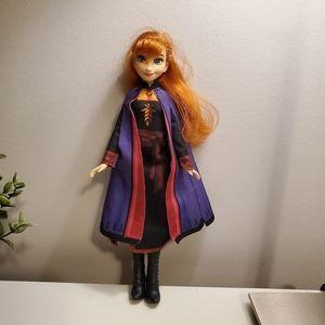 """🌺 3/25 Disney's Frozen, """"Anna"""" doll"""